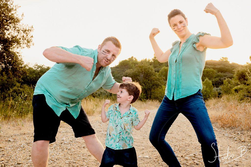 seance photo famille fun à barbentane